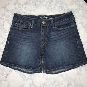 Levi's Signature 'Modern Shorts' Jean Shorts Sz 4